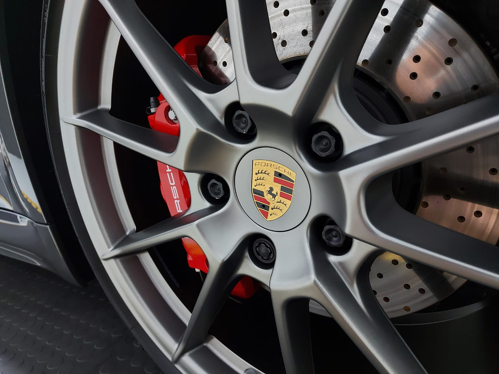 keeping your alloys clean